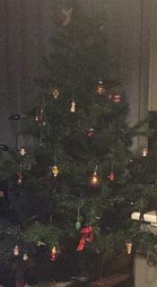 christmastreepaint.jpg